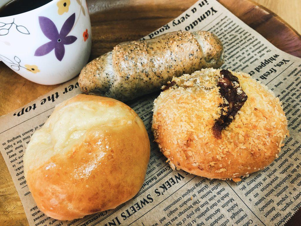 見沼区中川 かふぇぎゃらりー本と台所のパン