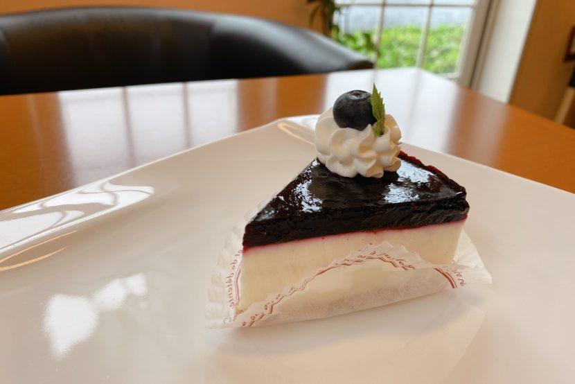 西区三橋 ミルティーユ ケーキ