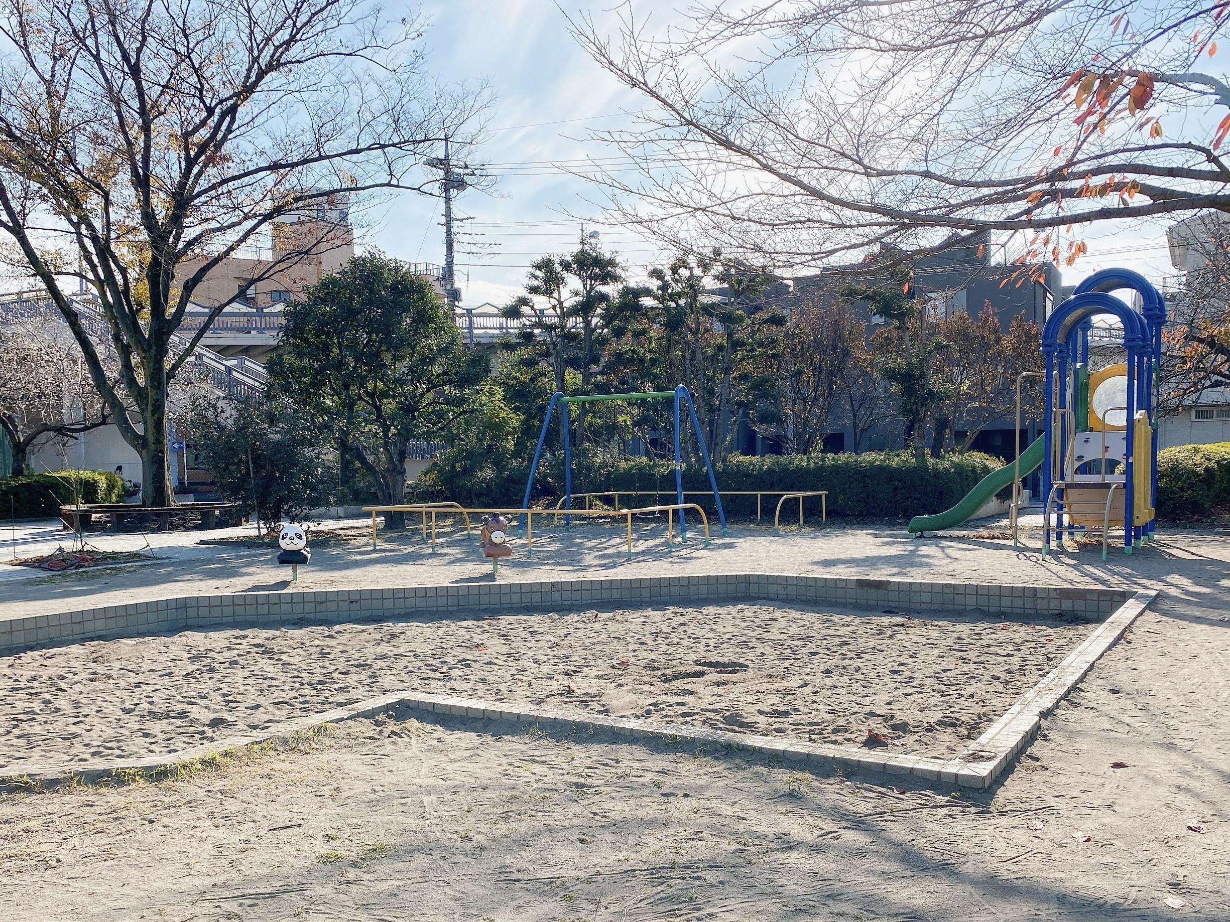 南区南浦和 さくら公園